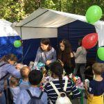 Детская благотворительная ярмарка-135