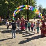 Детская благотворительная ярмарка-153