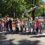 Детская благотворительная ярмарка-171
