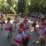 Детская благотворительная ярмарка-178