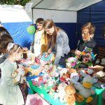 Детская благотворительная ярмарка-63