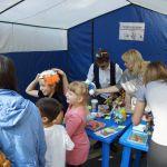 Детская благотворительная ярмарка-81